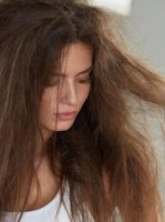 The Benefits of Co-Washing and Why It Protects All Types of Hair
