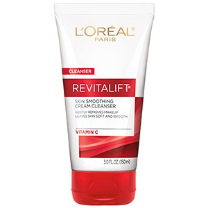 RevitaLift Radiant Smoothing Cream Cleanser review